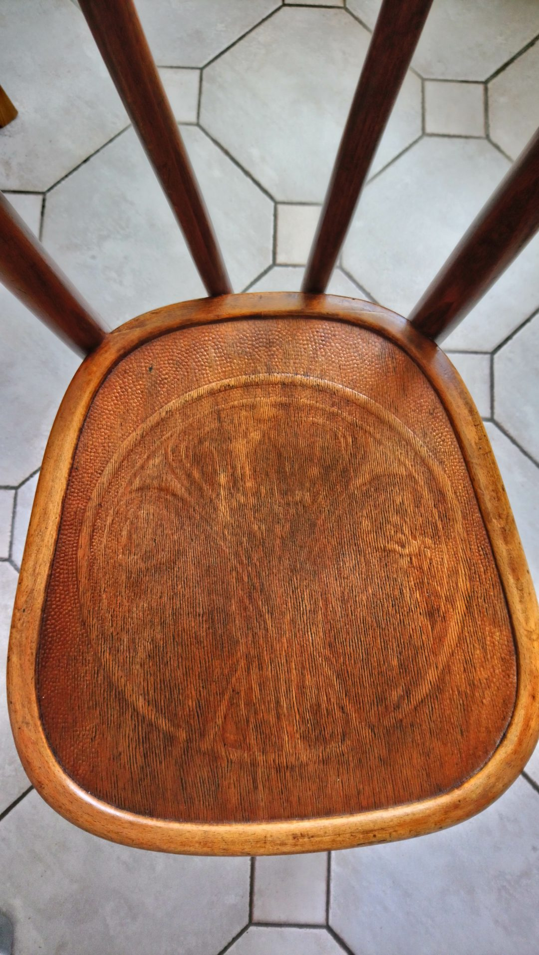 renovation chaise bistrot 01
